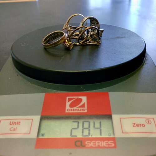 Scale Weighing Gold Jewelry